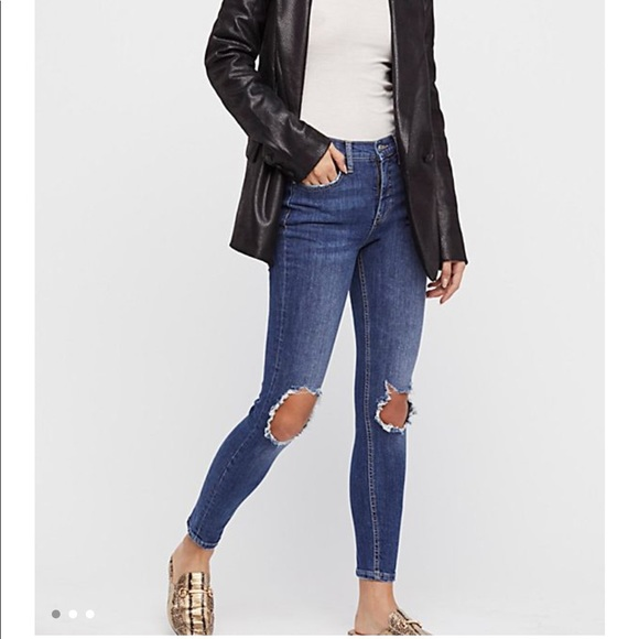 87ebefbb8f773 Free People Pants | Highrise Busted Skinny Jeans Midnight Blue ...